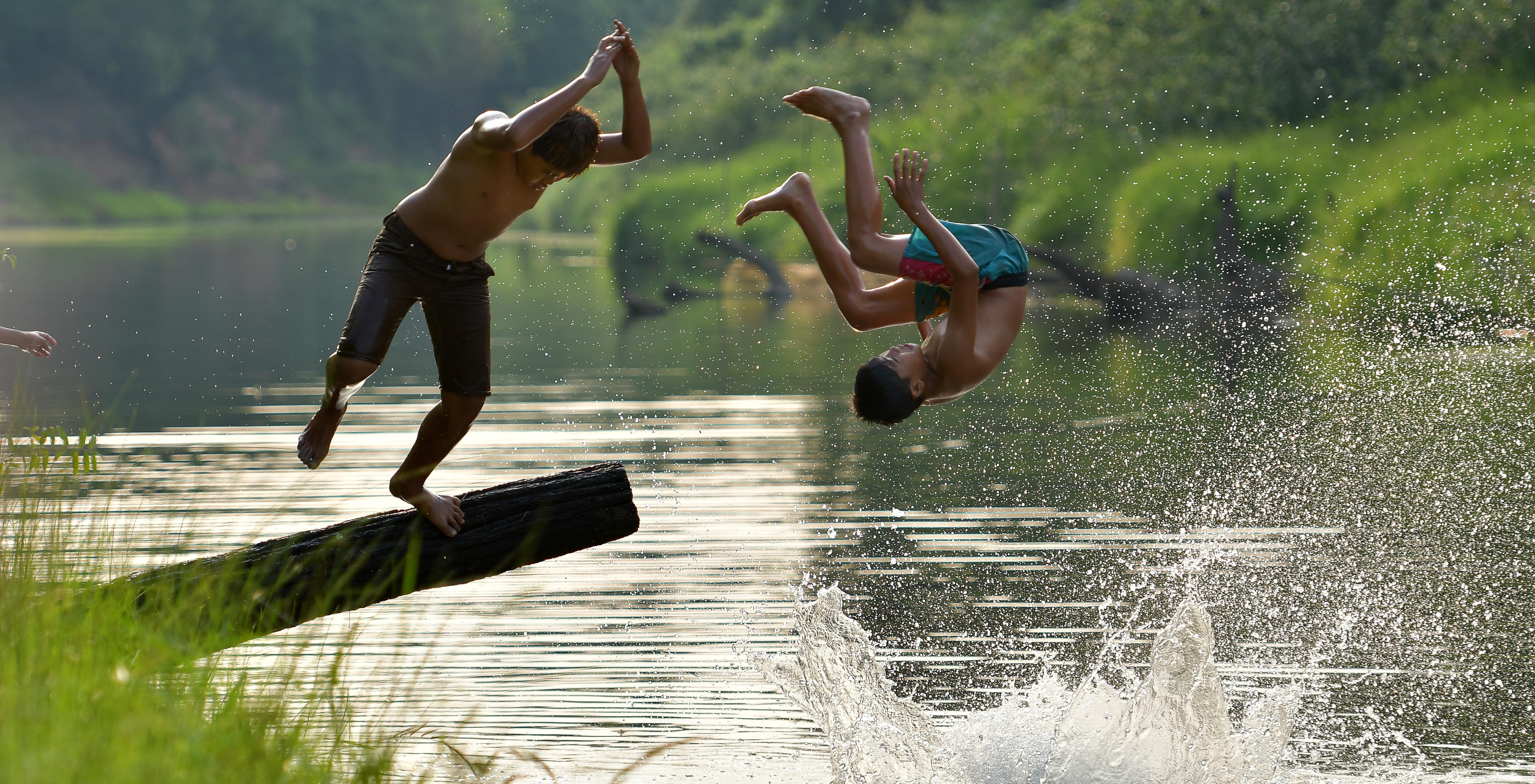 Zwemmen in de natuur - Shutterstock