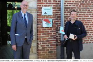Marc Verachtert van Natuurpunt Geel-Meerhout neemt de Erfgoedprijs in ontvangst