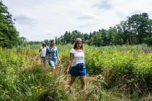Wandelen in de wilde natuur